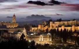 Diccionario básico para defenderte si viajas a Málaga